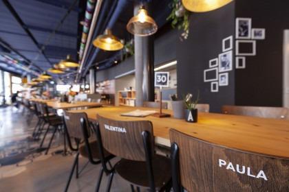 Weisse Arena Gastro Bar (Zwisterland)